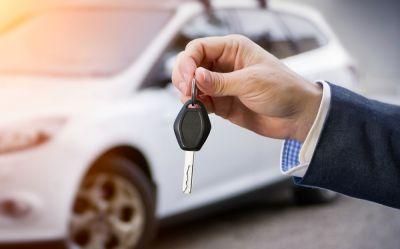 Πότε παρέχεται «Όχημα Αντικατάστασης» στους ασφαλισμένους μέσα από τα συμβόλαια οχημάτων; Δείτε παραδείγματα 13 εταιρειών!